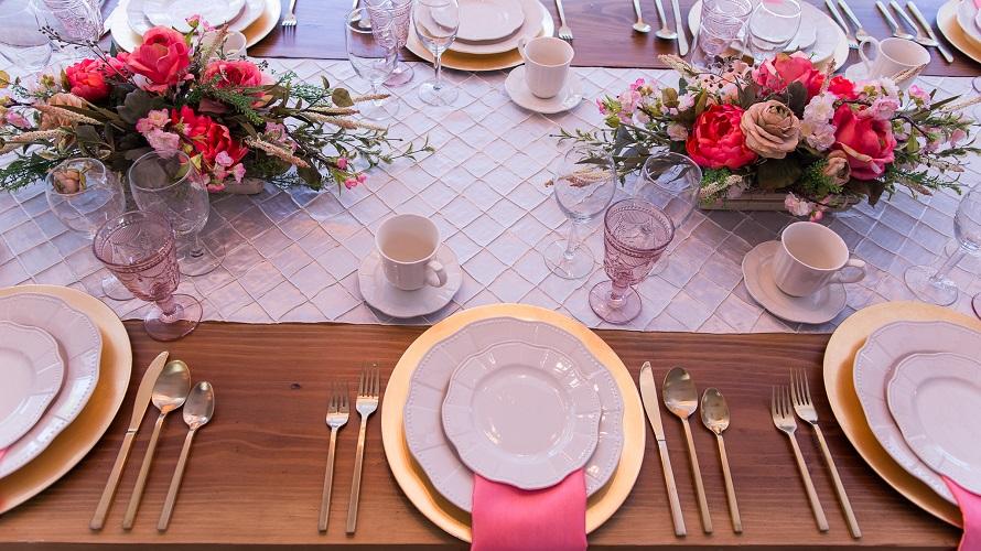 Cream Pintuck Table Linen, Ivory Pintuck Table Cloth
