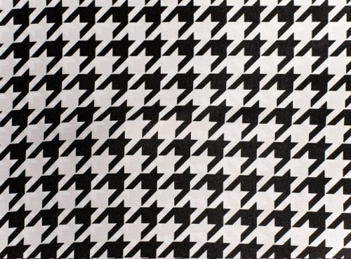 Houndstooth Table Linen